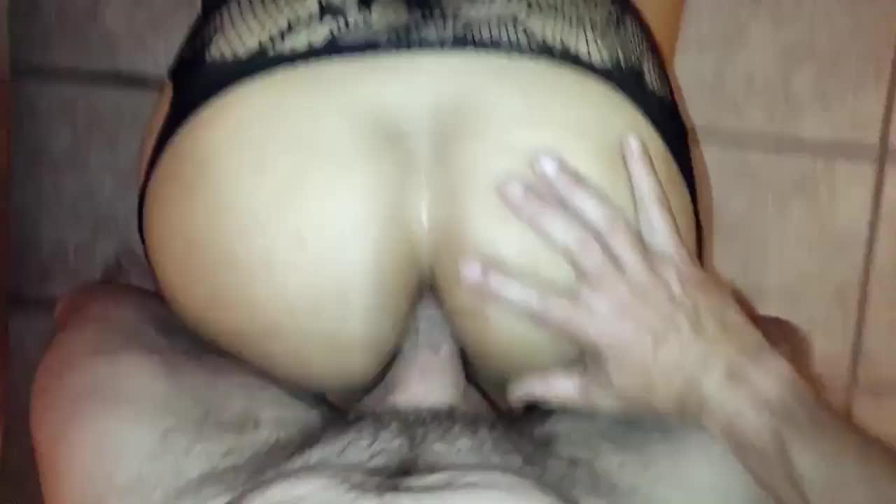 Comendo O Cu Da Esposa Gostosa Com Lingerie Sexy