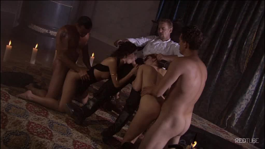 Sexo grupal com várias gostosas