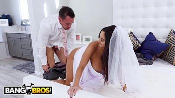 bumdudas noiva gostosa fazendo filme porno com seu parceiro