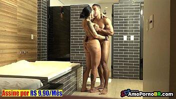 Brasileirinhas sexo na banheira com Elisa Sanches