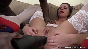 Pornhub peituda novinha fodida até o talo no cu