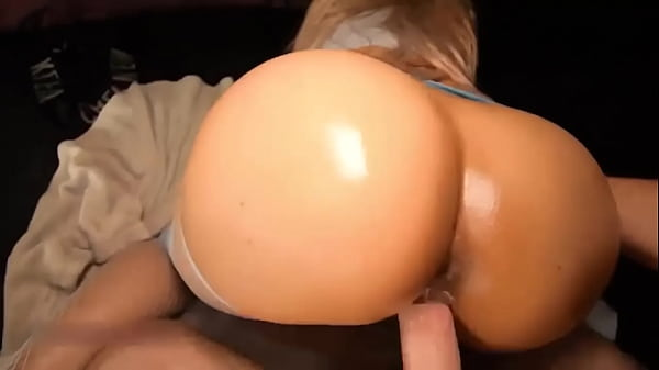 Bundas pov sexo com loira de cuzão gostoso