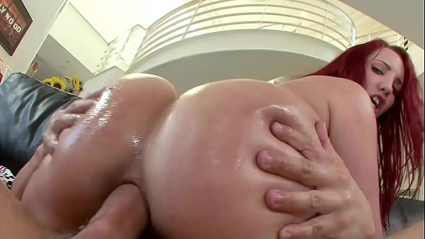 Cam4 ruiva cuzuda fazendo sexo anal